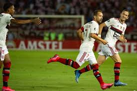 Flamengo vence na estreia na Libertadores