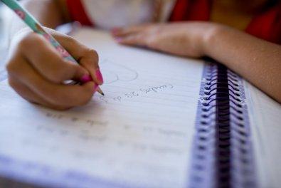 MT teme contágio em massa e suspende aulas em escolas públicas e particulares até dia 30
