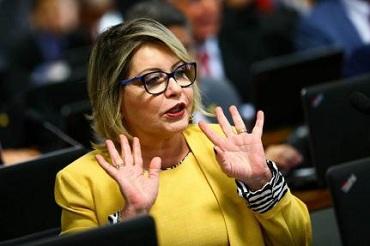 STF nega pedido para anular reunião que cassou Selma Arruda no Senado