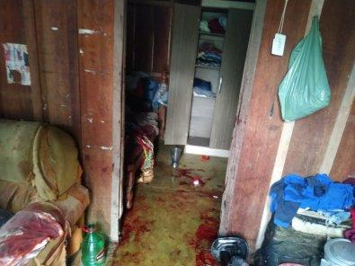 Mulher é agredida com facão, revida e mata marido a facadas em MT