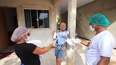 Assistência Social distribuiu máscaras de proteção a família dos idosos do CCI