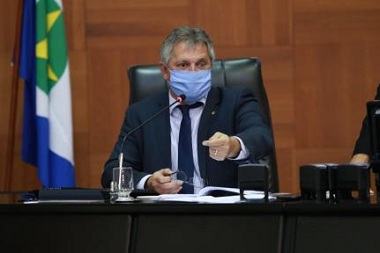 Deputados reclamam que CCJ da AL só aprova projetos dos deputados aliados