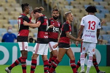 Flamengo passa pelo Bangu na volta do Campeonato Carioca