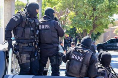 Traficante troca tiros com policiais do Bope e morre em Cuiabá