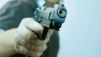 Caseiro de fazenda reage a assalto e atira em ladrão em MT